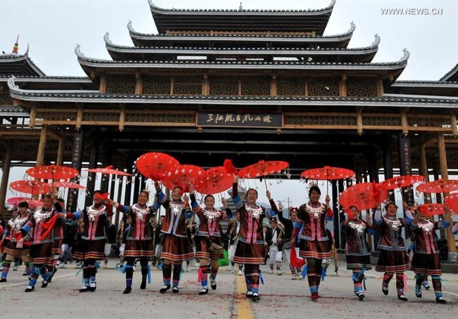 Completion of Wind and Rain Bridge celebrated in SW China's Sanjiang