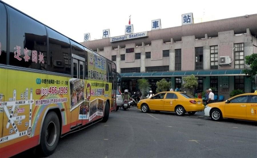Driver of Taiwan bus crash was drunk