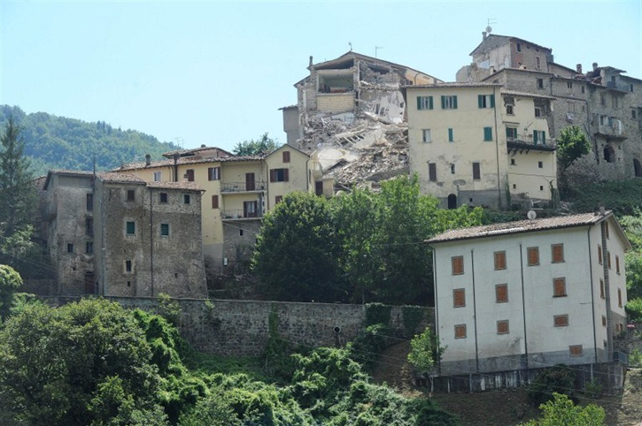 Questions mount as Italy quake toll hits 250