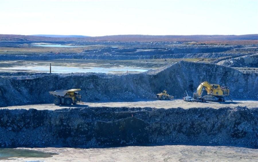 Massive diamond mine opens in Canada's far north
