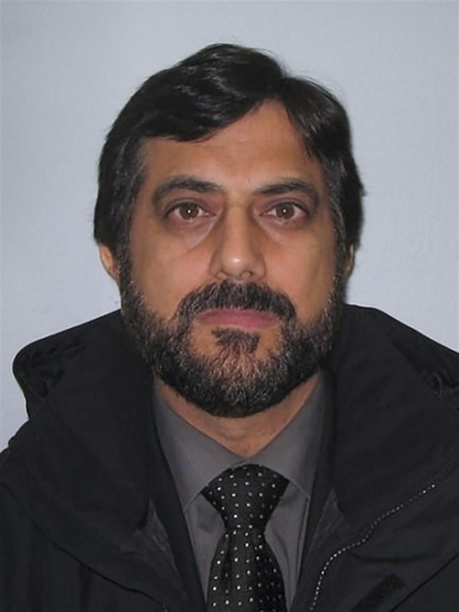 'Fake Sheikh' jailed after cocaine sting backfires