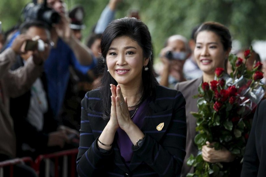 Thailand's Yingluck to battle junta over fine