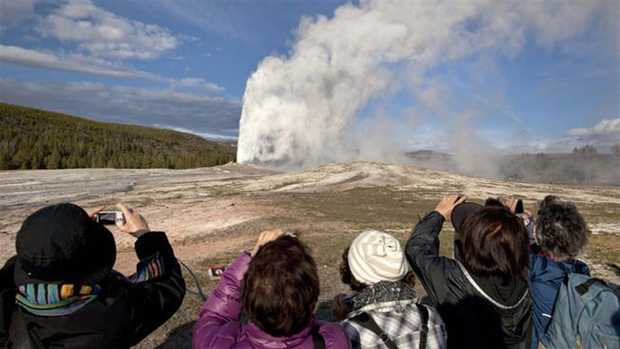 US park's hot water flow under scrutiny
