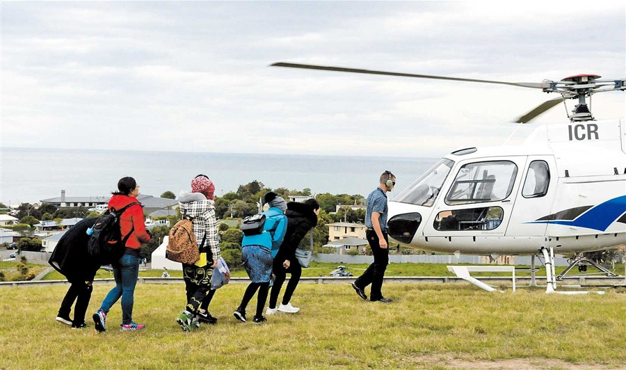 NZ launches rescue efforts for people stranded by quake