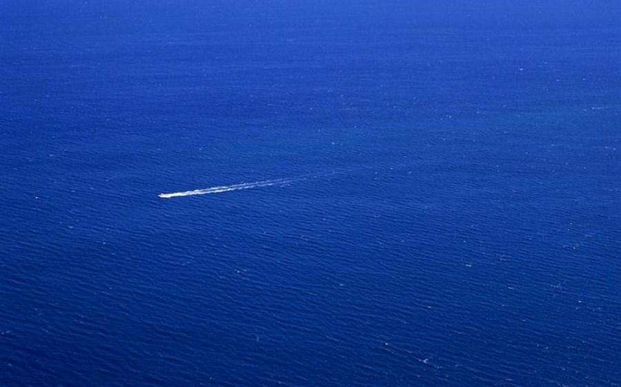 Migrant boat capsizes, at least 100 missing