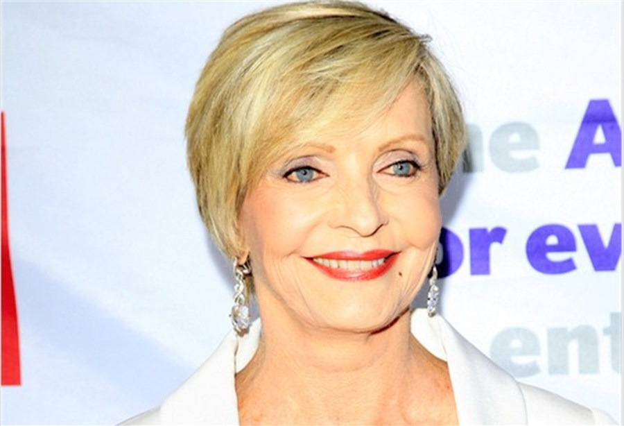 'Brady Bunch' mom dies aged 82