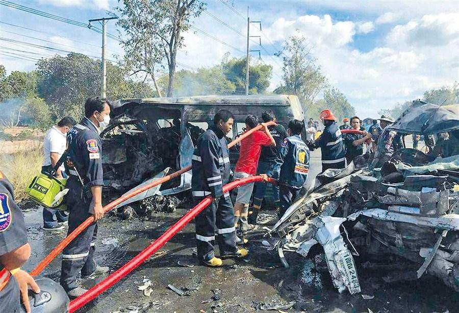 25 perish in horror Thai road smash
