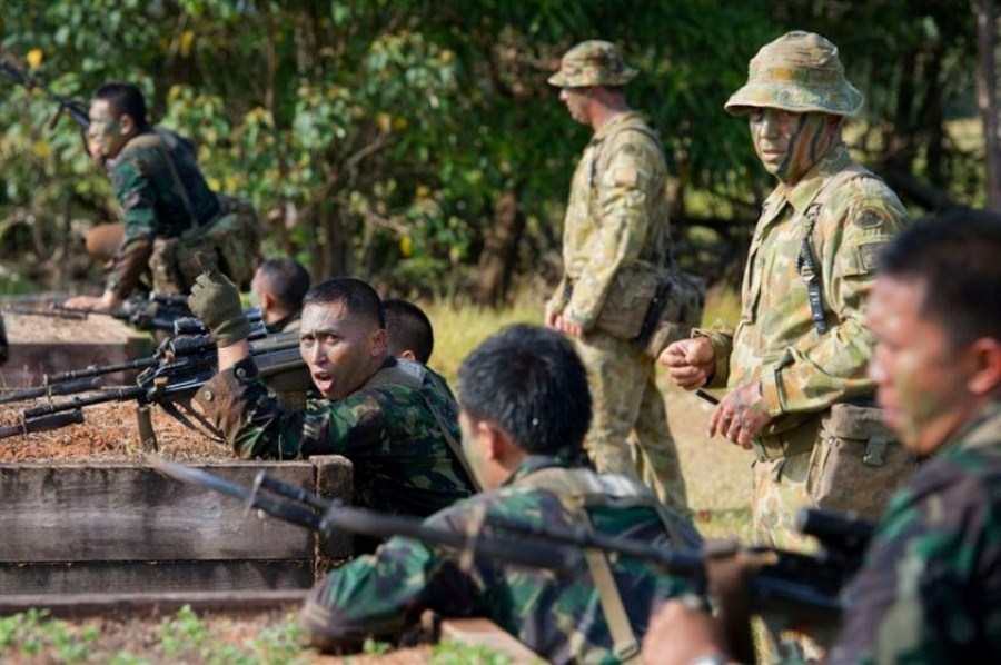 Indonesia cites technical reasons in freezing Australia military ties