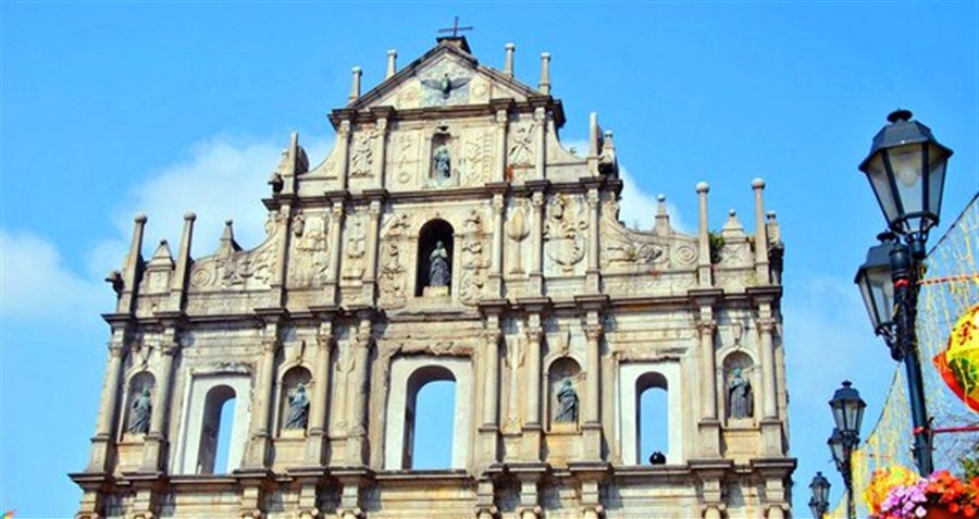 Macau records 30.95m tourists last year