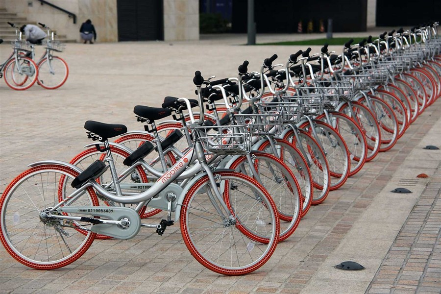 Mobike ties up with Foxconn on bike output