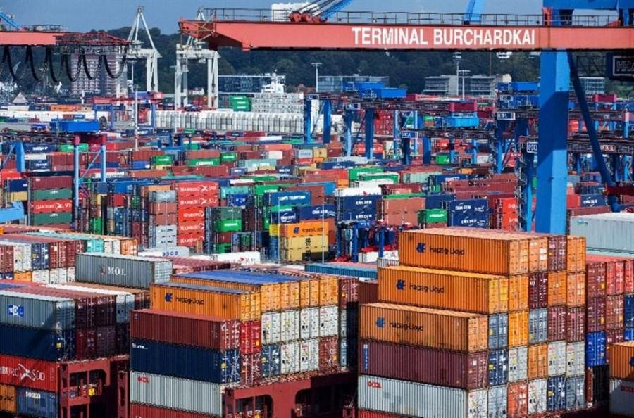 German industrial output climbs 2.8%