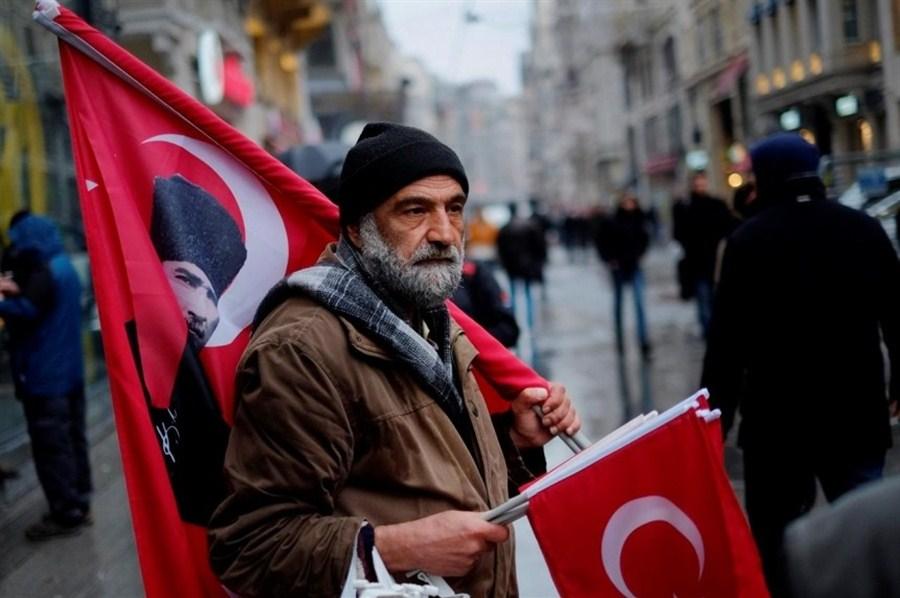 Turkey makes double Dutch protest