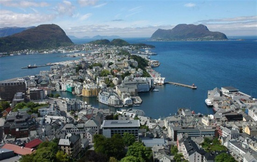 Norway happiest in the world but America sadder
