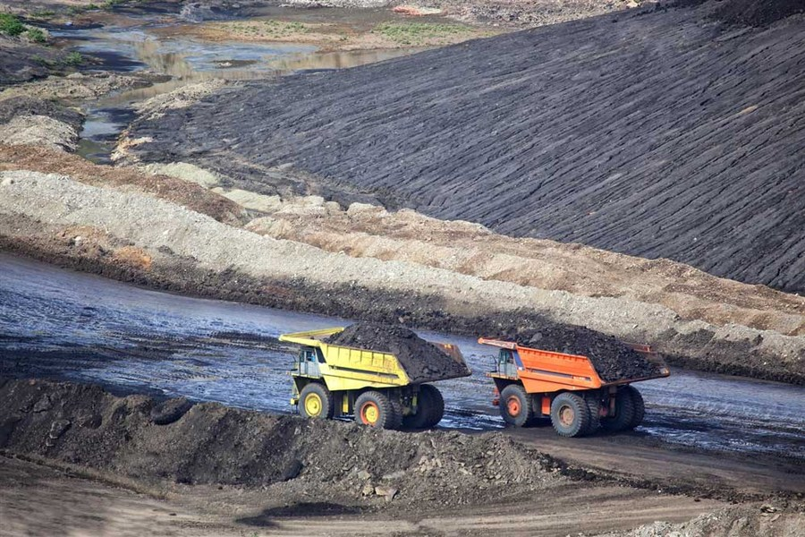 China Coal turns losses to profit