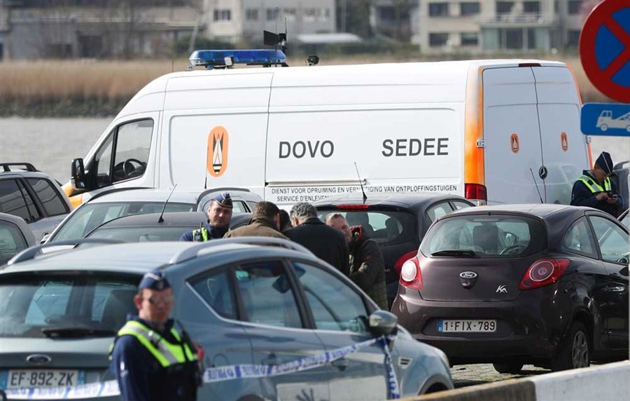 French national held in Antwerp after trying to drive car into crowd