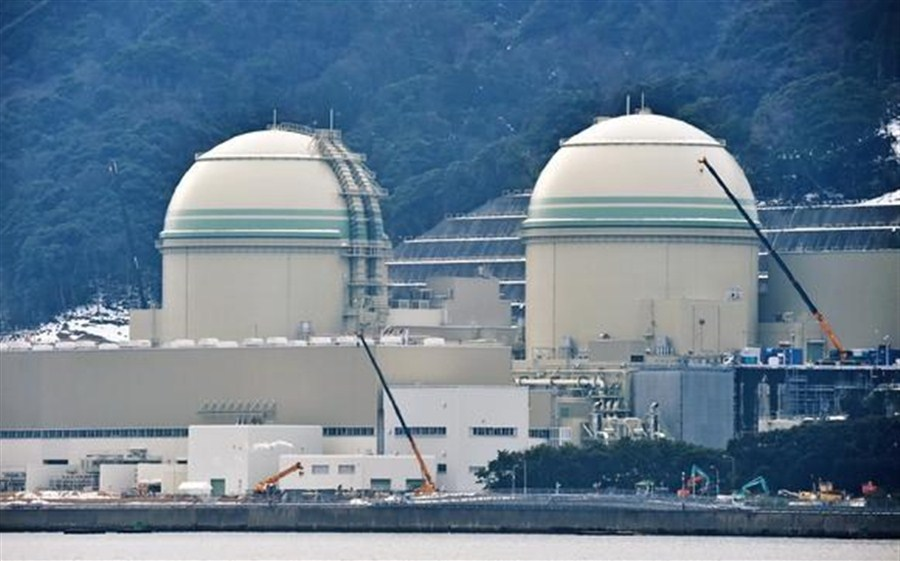Japanese court allows 2 nuclear reactors to restart