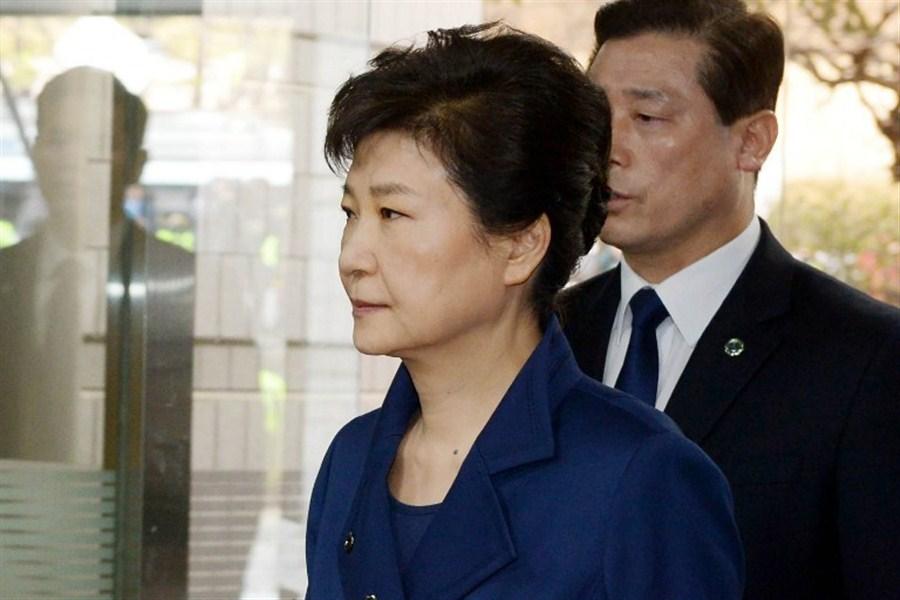 S.Korea's ex-president Park appears in court for hearing on arrest warrant