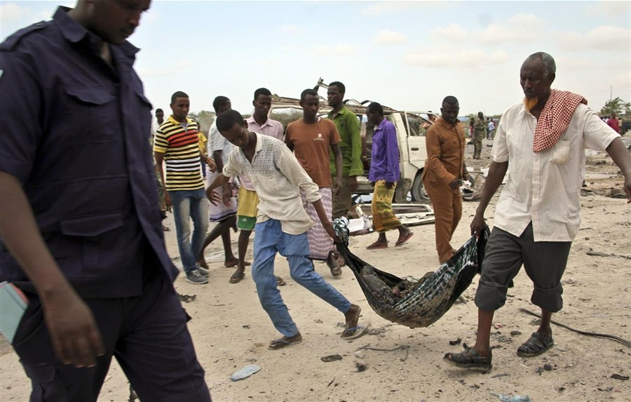 Somali army chief survives as 13 killed in car bomb