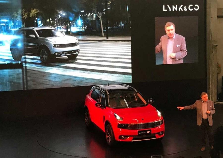 Carmakers brace for sharp sales slowdown