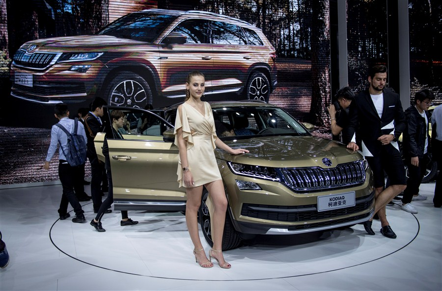 Shanghai Auto Show's lights on with new technology