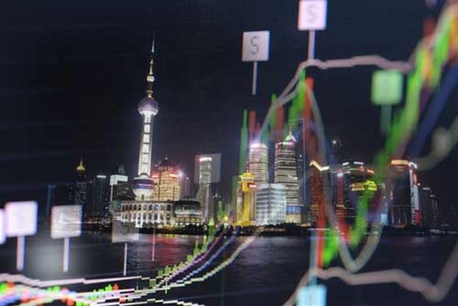 PBOC's liquidity boost spurs shares higher