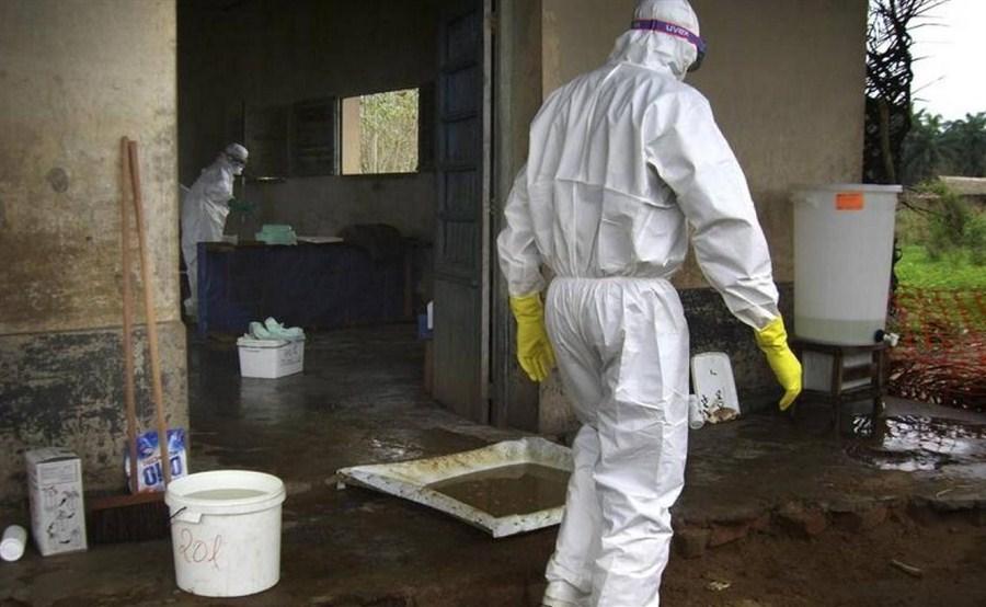 Tackling Ebola outbreak in remote Congo presents huge challenge: WHO