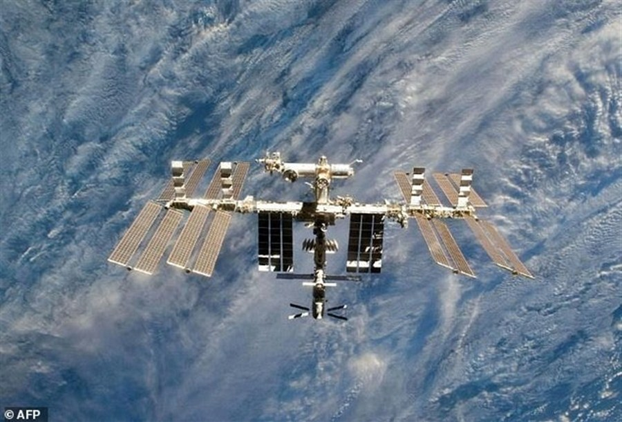 US astronauts on 'critical' spacewalk to replace power box