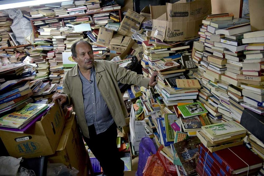New use for discarded books in home library