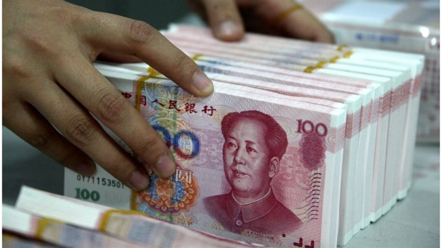 Banks in China lend surprisingly more in May