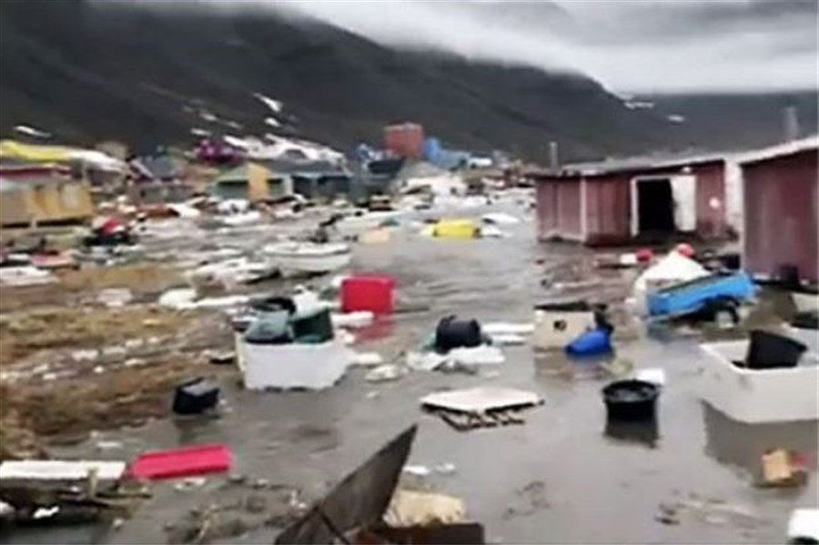 Four missing after tsunami hits Greenland