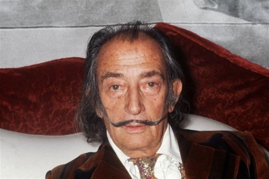 Dali's remains to be exhumed over claim