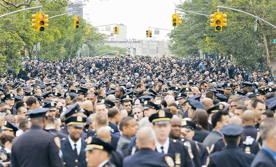 New York police mourn slain colleague