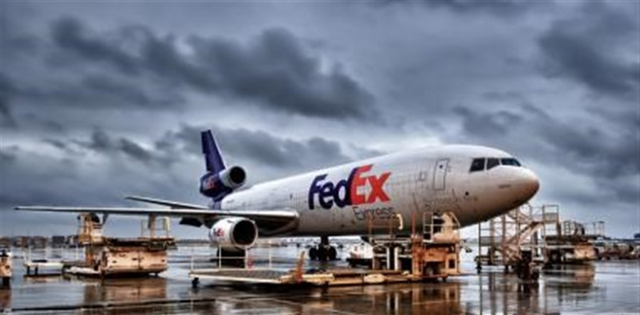 FedEx sees lower fiscal results
