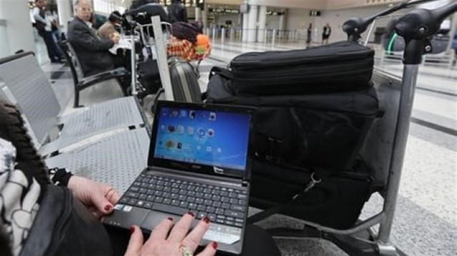 US ends laptop ban on Mideast flights