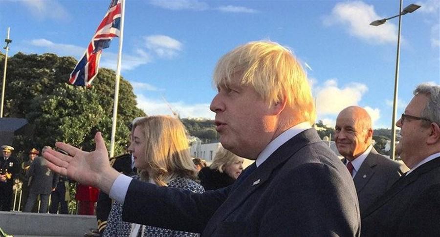 Johnson likens Maori hongi to headbutt