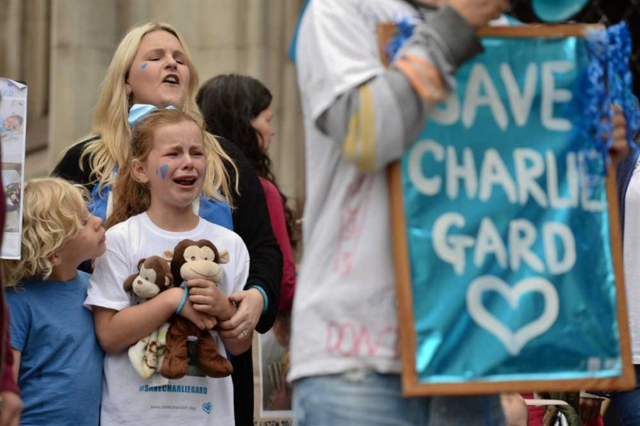 Time runs out for Charlie as parents drop their legal battle