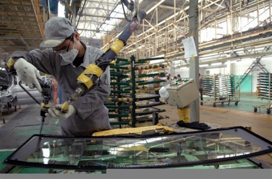 Growth in industrial profits quickens