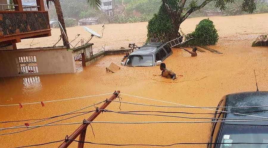 Hundreds dead as flooding swamps Sierra Leone capital