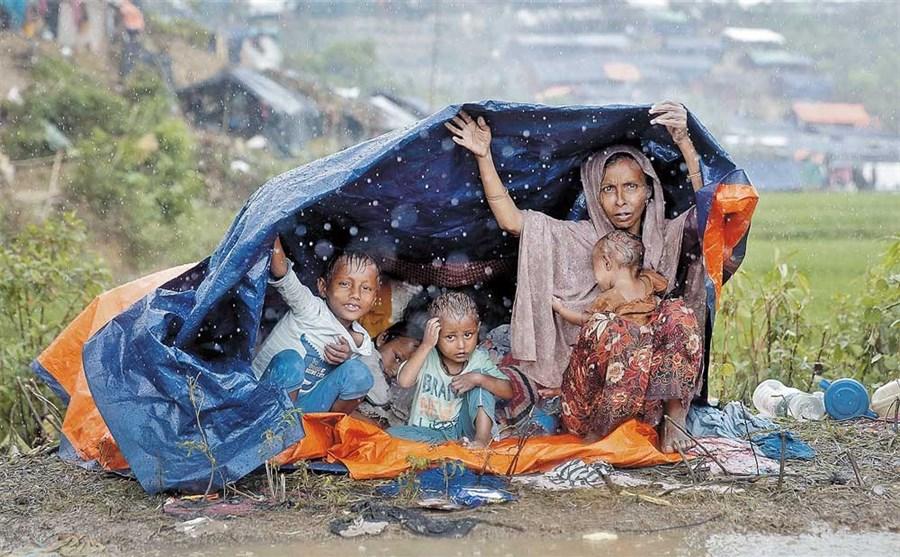 Now rain heaps misery on Rohingya