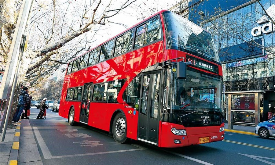 Sleek new 911 buses are back on the road
