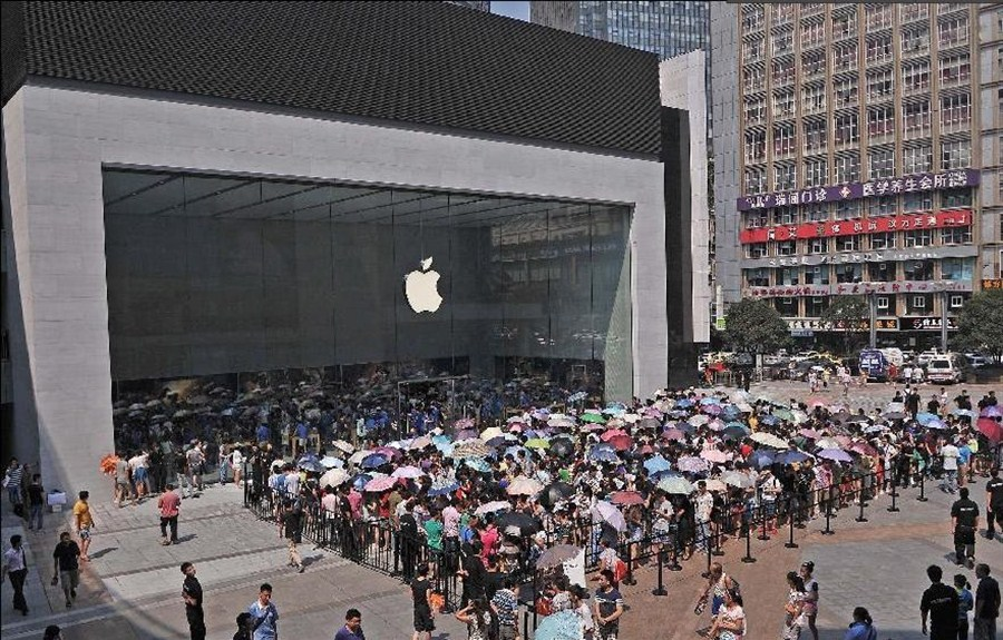 apple opens new store in china more expected shanghai daily. Black Bedroom Furniture Sets. Home Design Ideas