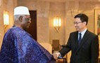 Han Zheng meets parliament delegation from Togo
