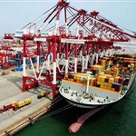 China's foreign service trade deficit narrows