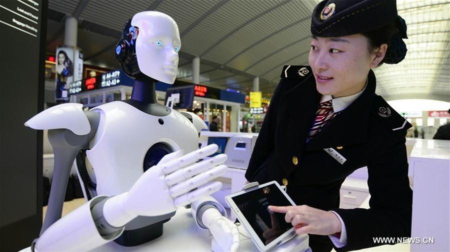 Intelligent Robots Offer Information Services In East