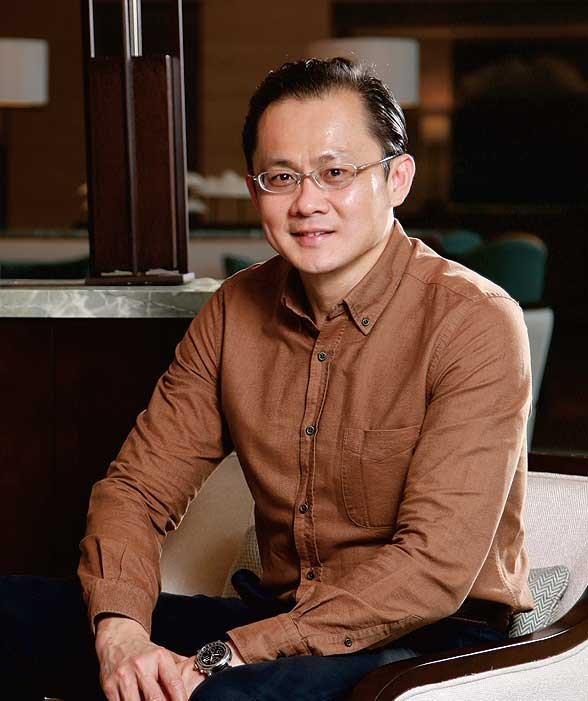 Julian Wong , Multi-property general manager of Sanya Marriott Hotel Dadonghai Bay and The Shanhaitian Resort Sanya, Autograph Collection