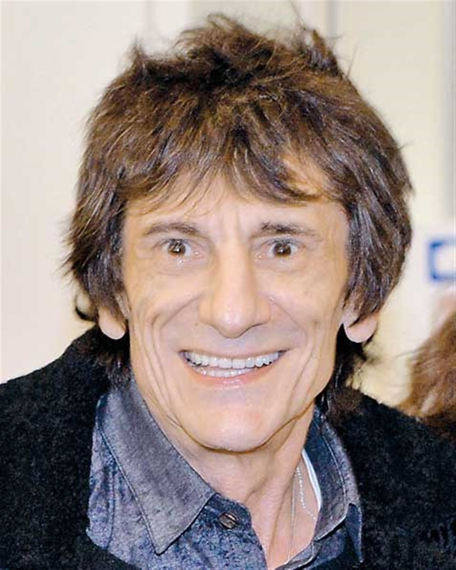 Rolling Stones' Wood faced cancer call