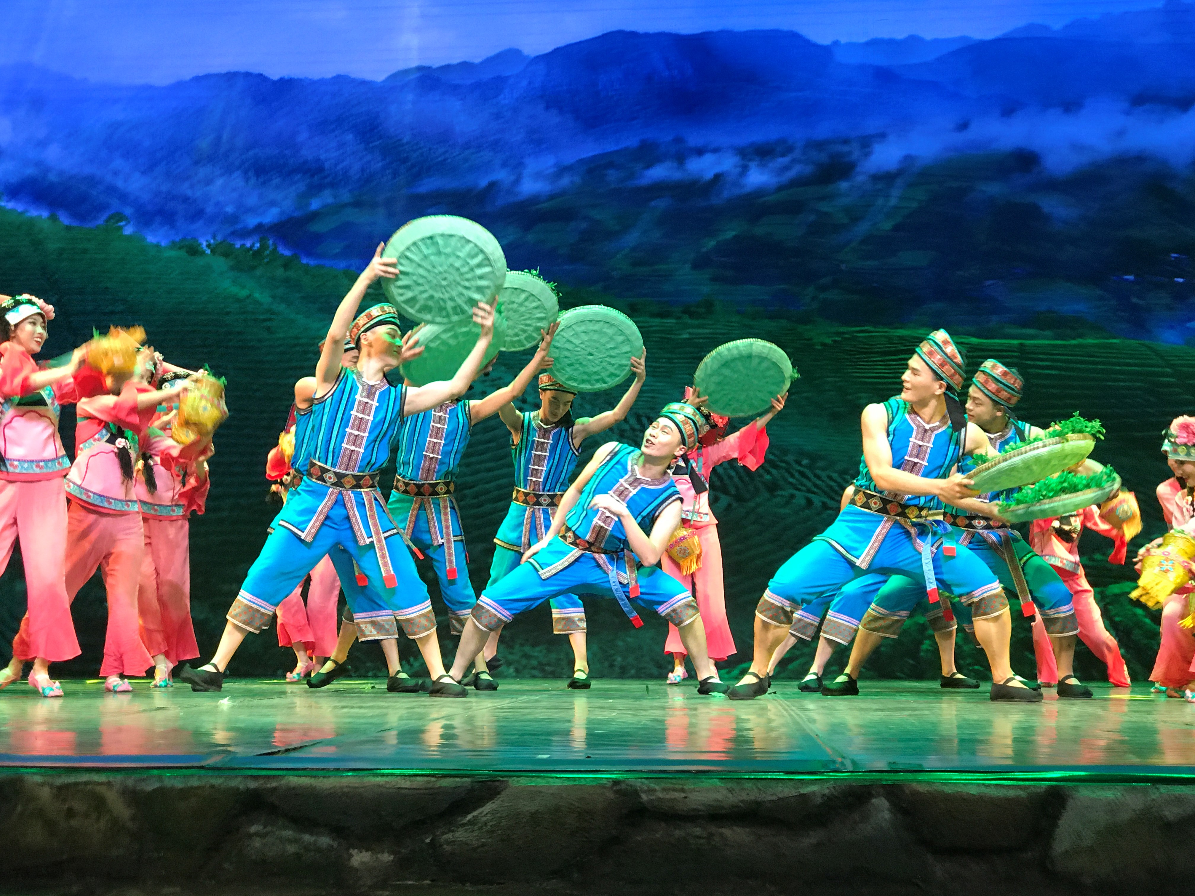 """Spiritual Charm of Guizhou,"" a singing and dancing performance"