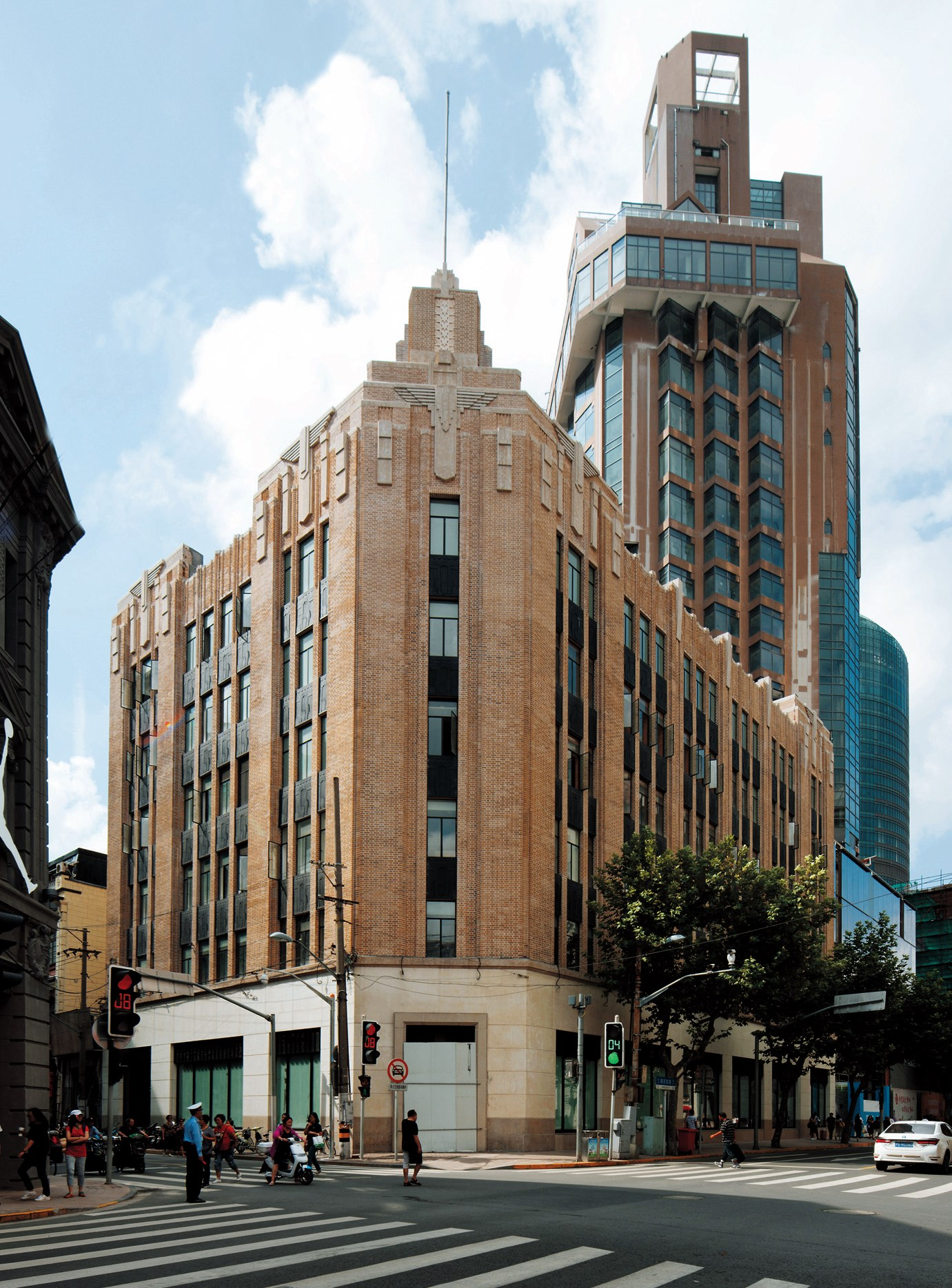 The headquarters of Shanghai Power Company was erected in 1931. — Zhang Xuefei