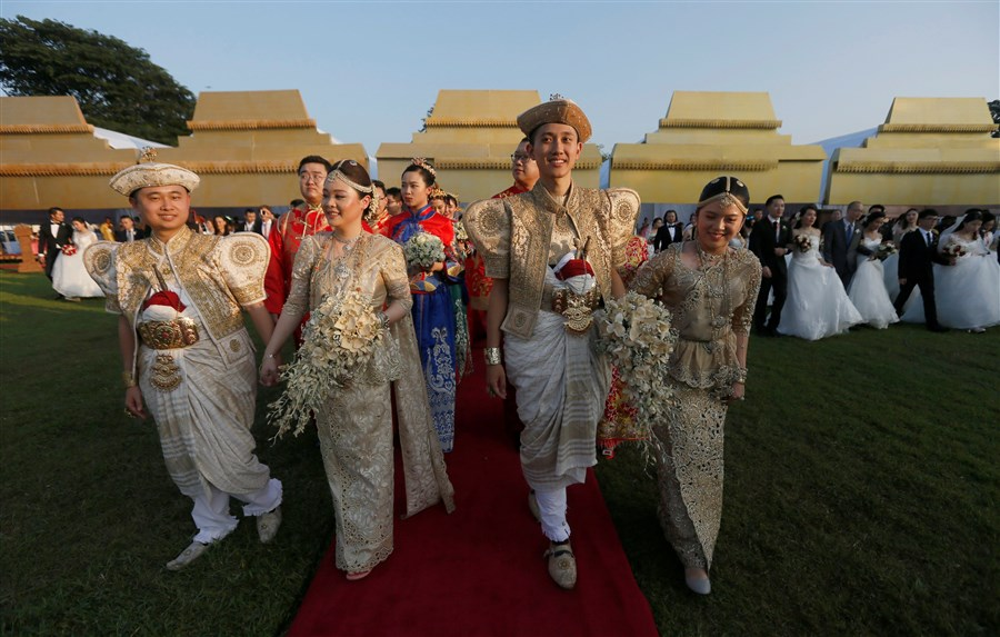 Mass Chinese wedding in Colombo